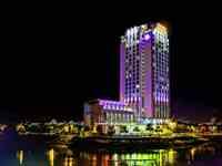 グランドメルキュール/人工島に建つ高層ホテル