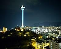 龍頭山公園/釜山タワーの夜景*
