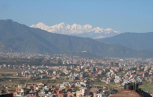 カトマンドゥ市内からのヒマラヤ眺望