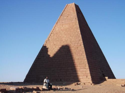 世界遺産ジュベル・バルカルのピラミッド