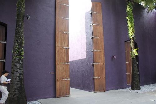リッツ玄関
