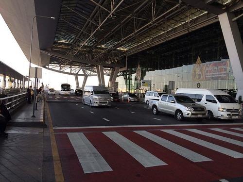 13日空港1