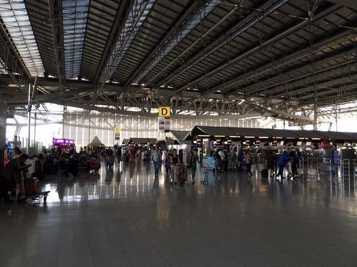 13日空港3