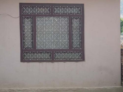 窓の格子9