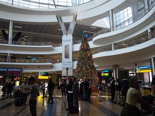 O・R・タンボ国際空港に到着!
