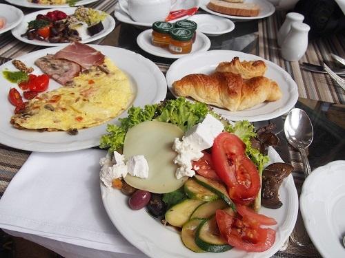 トラベルコちゃんの朝食