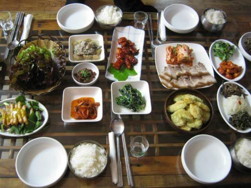 韓国味噌を醸造している竹長然の家庭式韓定