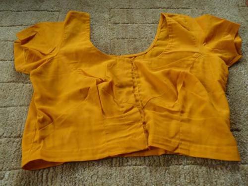ブラウスとシャツ1