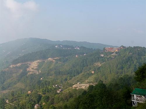 ナガルコットの丘