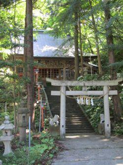 白瀑神社2