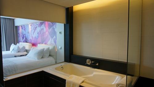 部屋ツインバスルーム