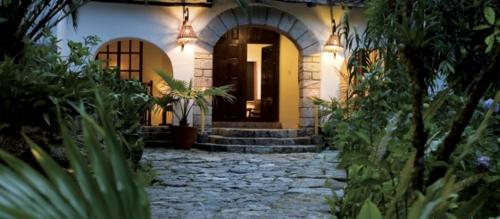 インカテラ 玄関