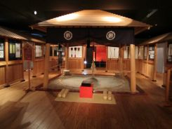 鰺ヶ沢相撲会館1