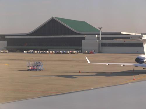 金浦空港に着陸!