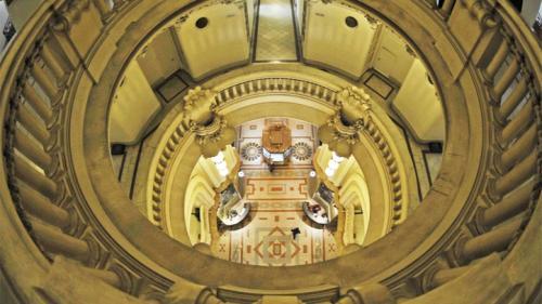 バローロ宮殿