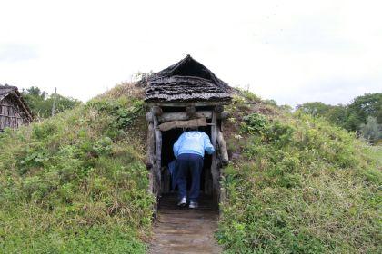 土屋根 入口