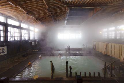 酸ヶ湯千人風呂2