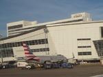 ダラス空港、サイズ変更