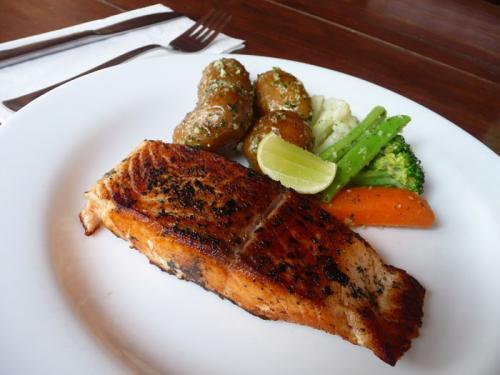 レストラン「Nina's」4