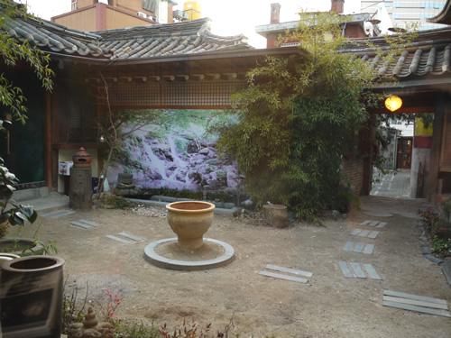 仁寺洞の路地裏で見つけた伝統茶店