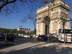 シャンゼリゼ大通り銃撃事件 パリ市内の様