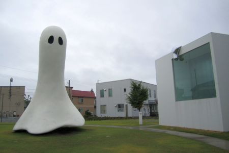 十和田市現代美術館6