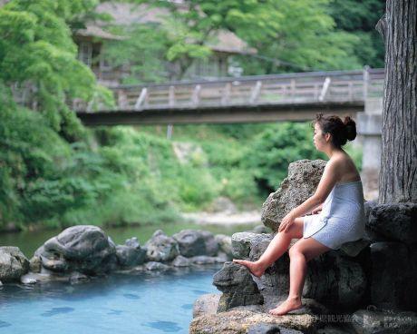 新緑の大沢温泉