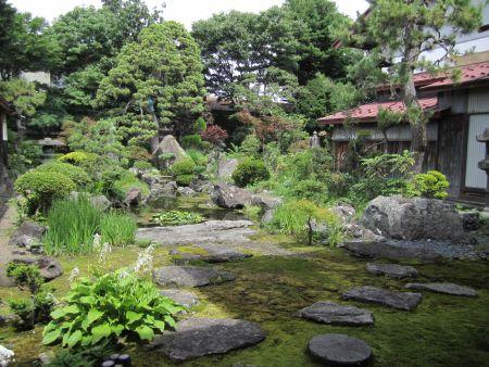 鳴海氏庭園