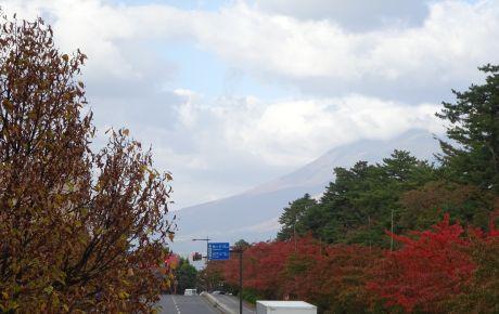 岩木山と紅葉