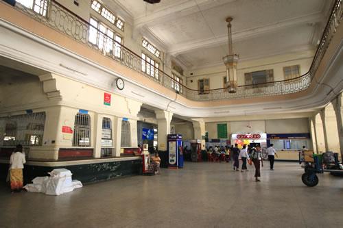 ヤンゴン中央駅 駅舎