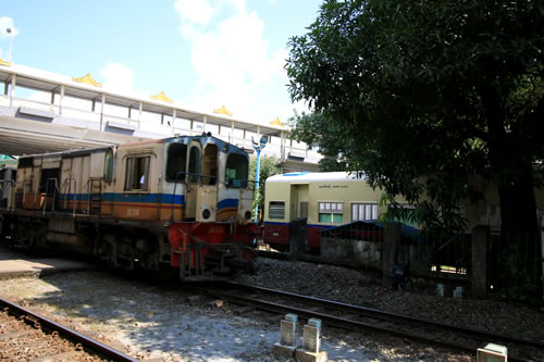 ヤンゴン環状線列車