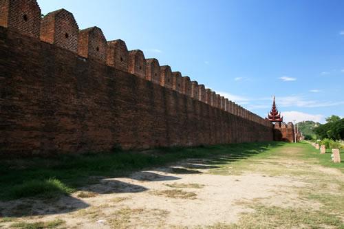 旧王宮城壁
