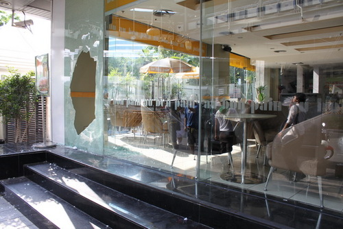 デュシタニホテル横のカフェ