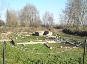 dionゼウス神殿全景