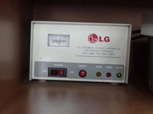 電圧コントローラー 3