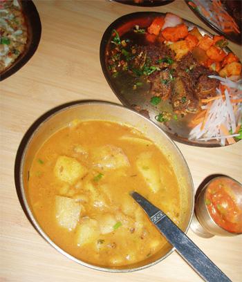 アルタマ(スープ)とヒャクラ(から揚げ)