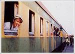 アフリカの大地をオンボロ列車は走る1