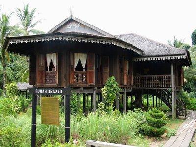 マレー族ロングハウス