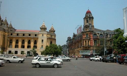 ヤンゴン市内