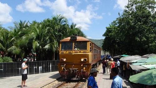 ジーゼル機関車