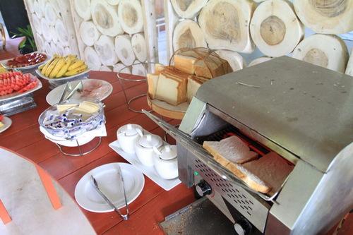 朝食BUFFET4 パン