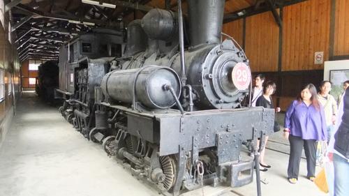 奮起湖駅に展示されている蒸気機関車