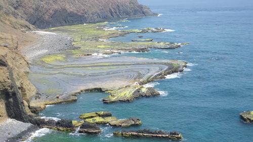 七美嶼にはいろんな海蝕奇岩がある