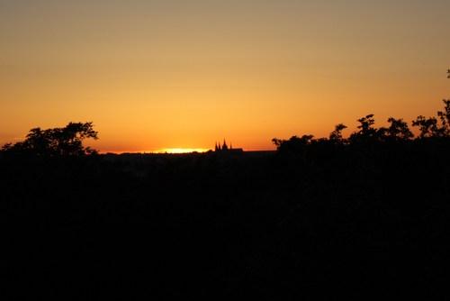 プラハ城に沈む夕陽