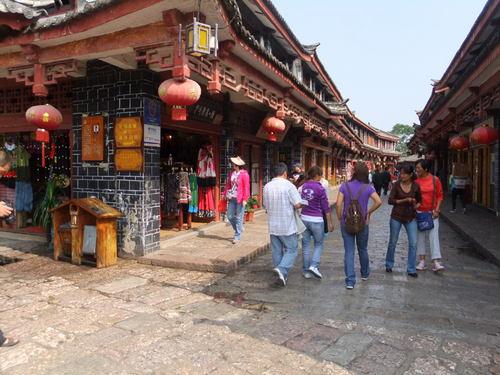 麗江古城の街並み