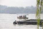 西湖遊覧船2