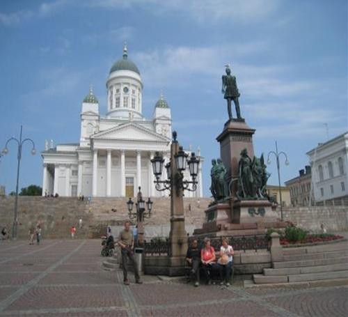 ヘルシンキ大聖堂と元老院広場
