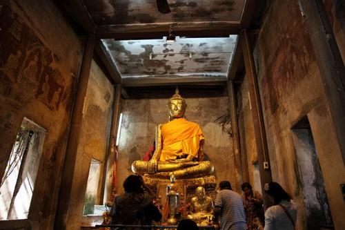 本堂内の仏像