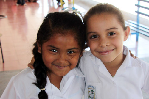 コスタリカの子どもたちの笑顔