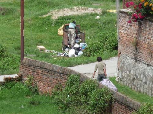 ゴミ回収業者 2